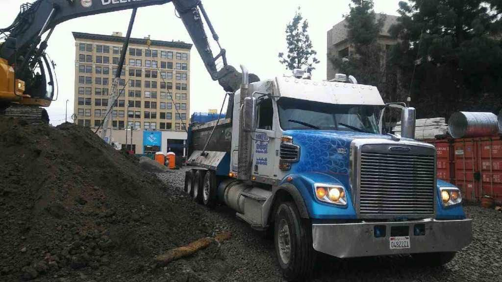 Super Tens Dump Truck California Heavy Duty Dump Truck